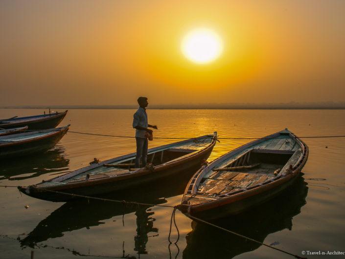 India I Gallery 10 – Varanasi – Ganges at Sunrise