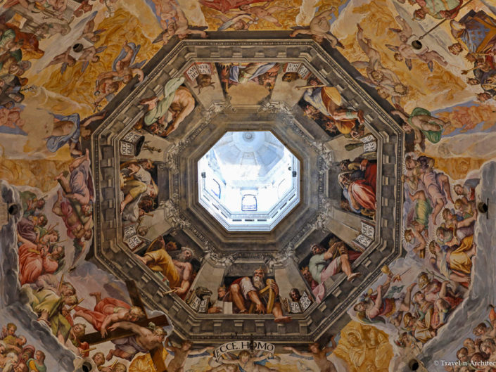 Italy-Florence Cathedral-Interior