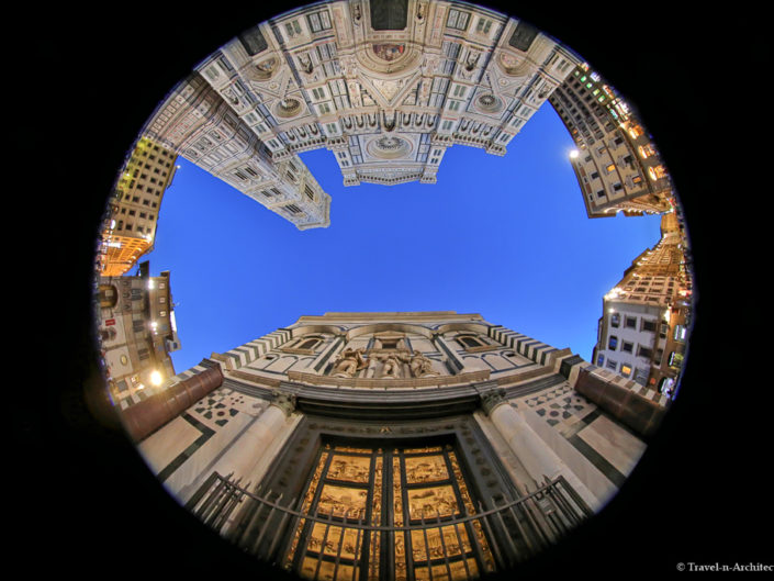 Italy-Florence-Piazza del Duomo