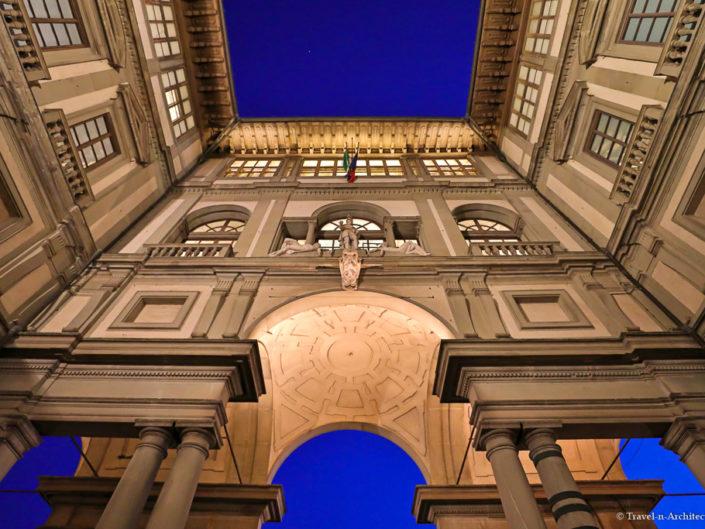 Italy-Florence-Galleria degli Uffizi