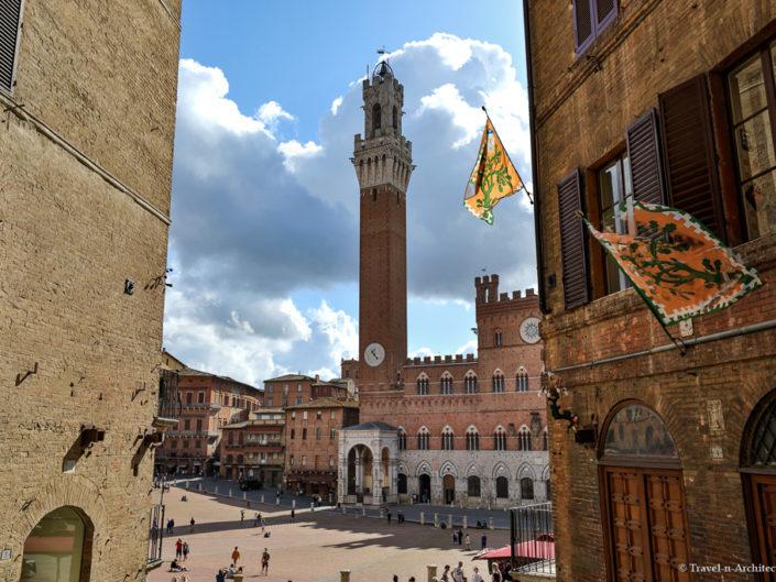 Italy-Siena-Piazza del Campo