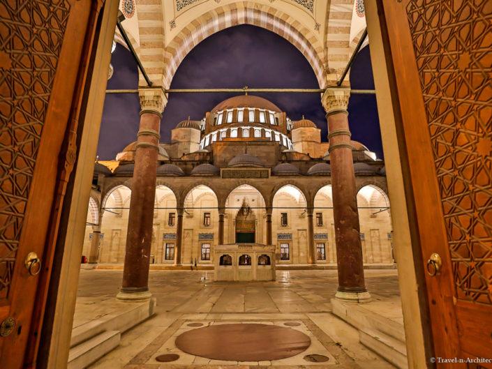 Turkey-Istanbul-Süleymaniye Mosque