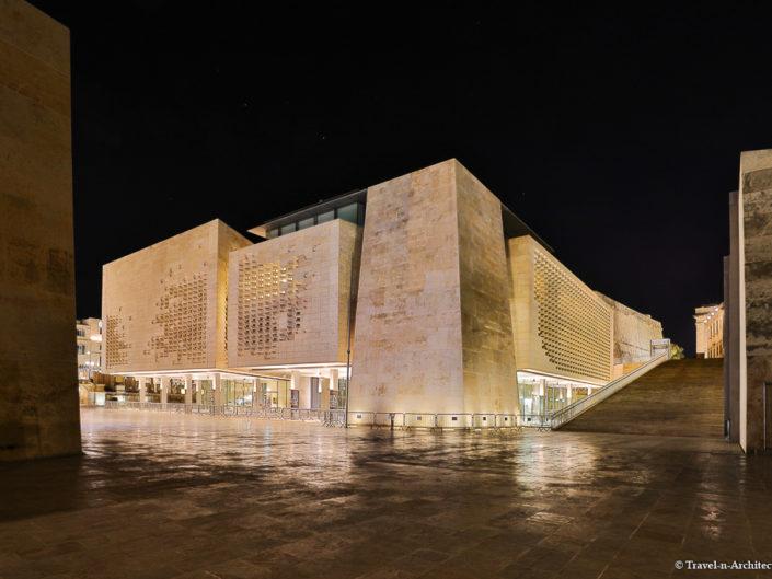 Malta II-Valletta-Parliament House-Evening