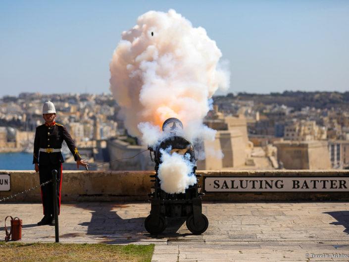 Malta II-Valletta-Customs-The Saluting Battery
