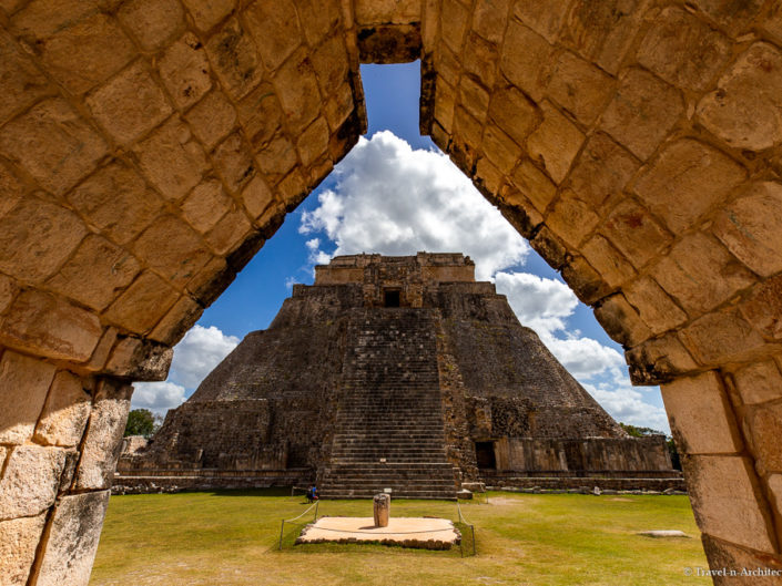 Mexico Gallery 24 – Uxmal-Pyramid-Ballcourt